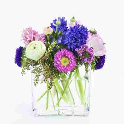 Gifts & Flower Delivery in Ottawa